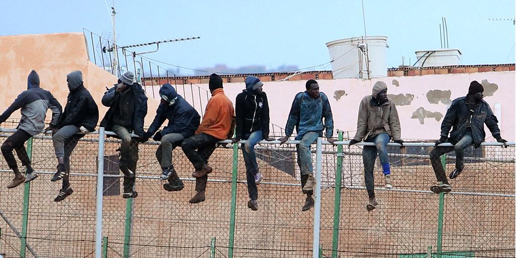 Der Grenzzaun zwischen Melilla und Marokko. Zahlreiche Flüchtlinge versuchen hier nach Europa zu kommen. Foto: