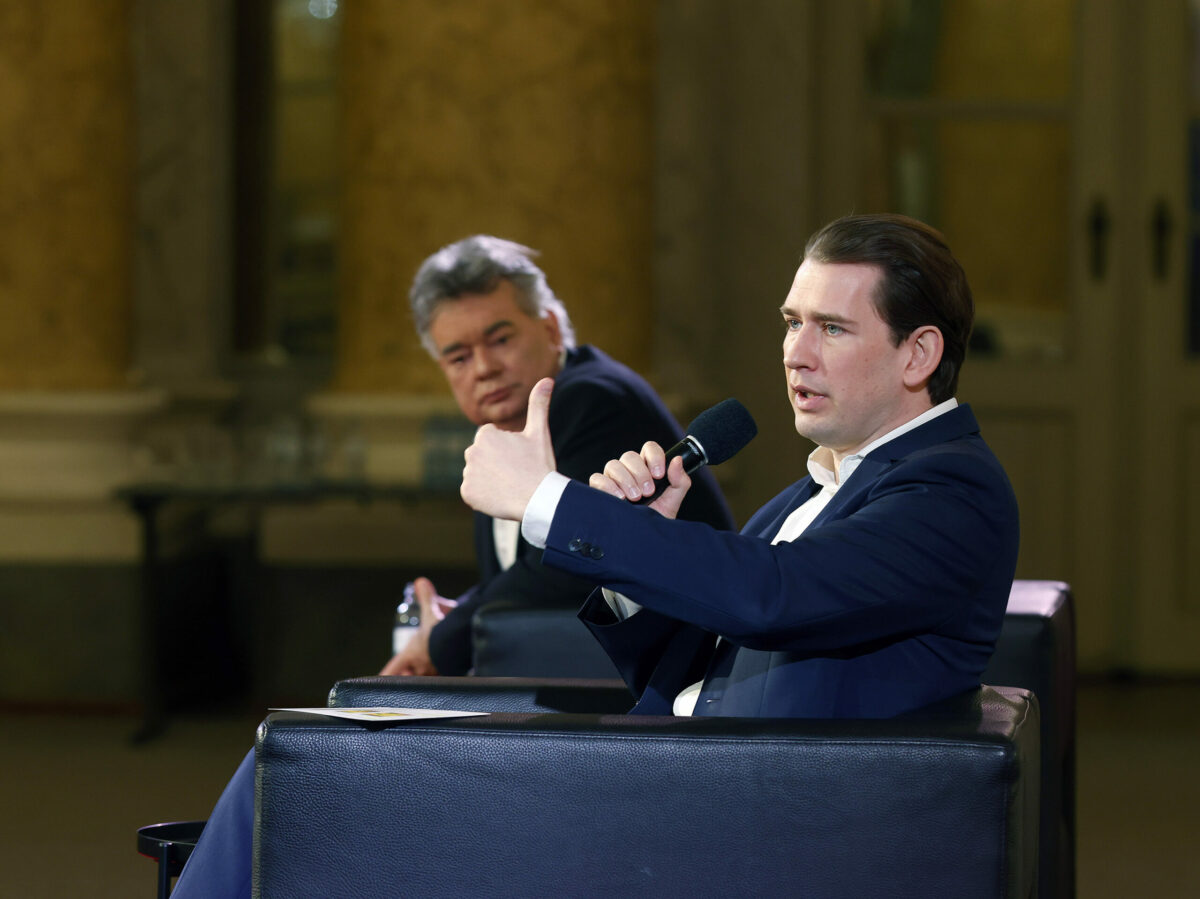Sebastian Kurz erklärt nächste Schritte des Comebackplan. Foto: BKA/ Dragan Tatic