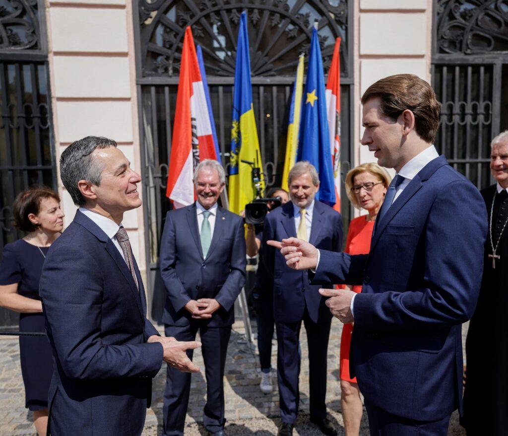 Kanzler Sebastian Kurz und der Schweizer Außenminister Ignazio Cassis. Bild: BKA/ Andy Wenzel