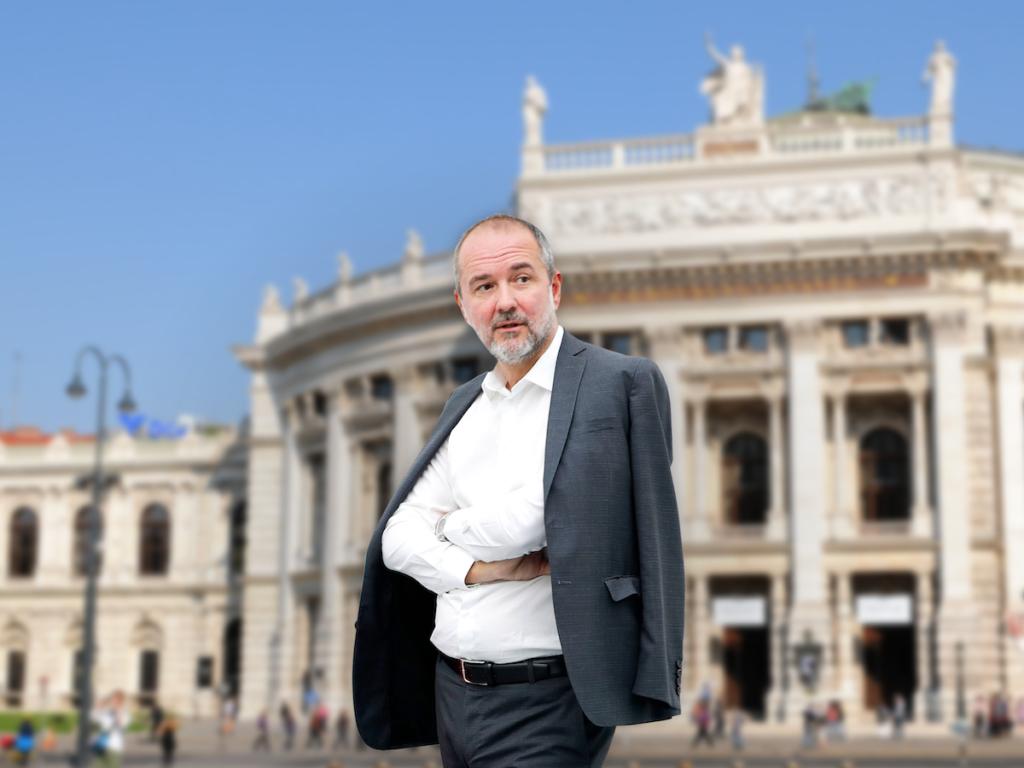 Foto: Florian Schrötter; iStock/ hsvrs