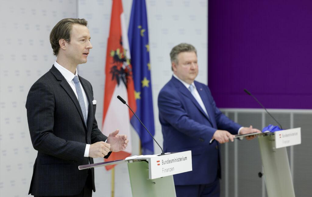 Finanzminister Gernot Blümel und Städtebund-Präsident Bürgermeister Michael Ludwig; Foto: BMF