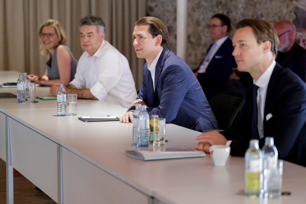 Bundeskanzler Sebastian Kurz, Vizekanzler Werner Kogler: Regierungsklausur in Reichenau an der Rax. Foto: Bka