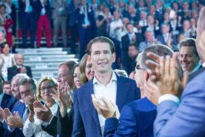Applaus für Parteiobmann Kurz und für Gewinne bei allen Wahlen der vergangenen vier Jahre. Foto: Schneider