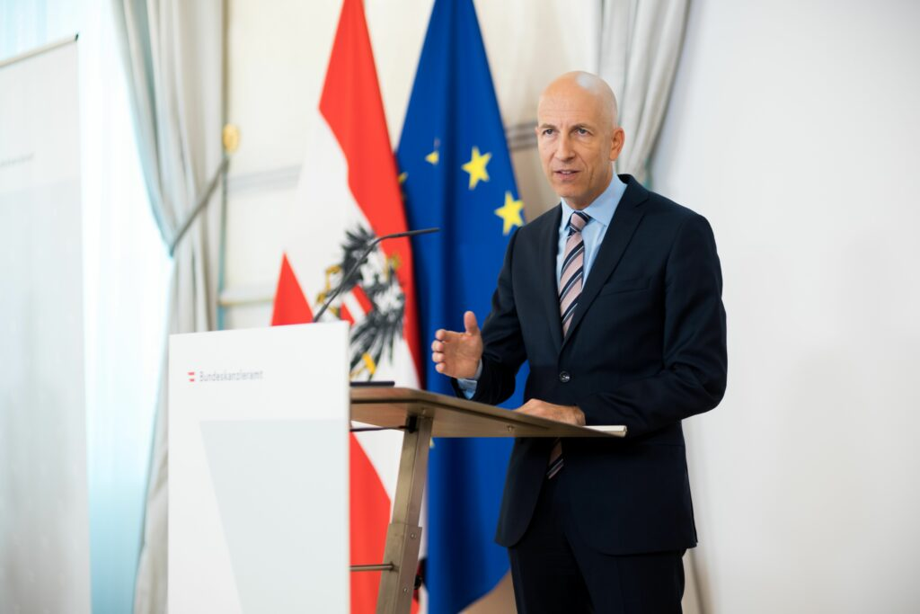 Arbeitsminister Martin Kocher zu Arbeitsmarkt und Arbeitslosenversicherung neu: richtiger Zeitpunkt für Reformdialog. Foto: Bka, C. Dunker