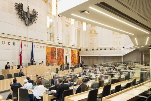 Die Koalitionsregierung hat nun auch im Bundesrat die Mehrheit. Foto: Parlamentsdirektion/Thomas Jantzen