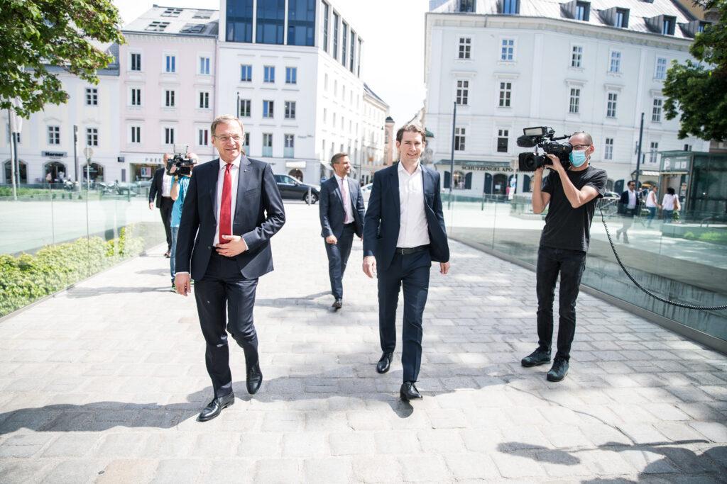 Bundeskanzler Sebastian Kurz unterstützt LH Thomas Stelzer & die VP-Oberösterreich. - Foto: Land OÖ I Max Mayrhofer