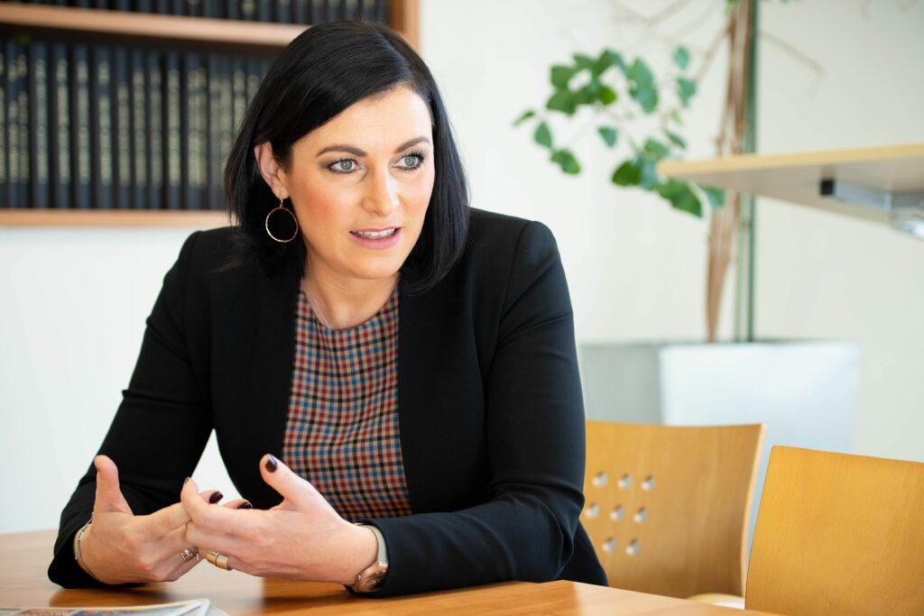 Landwirtschafts- und Tourismusministerin Köstinger: Investitionen in umweltfreundliche Technologien. Foto: Paul Gruber