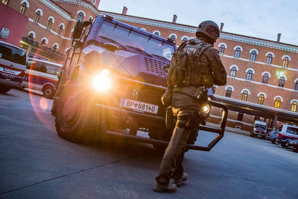 Insgesamt wird der Finanzrahmen des Sicherheitsbudgets um 78,7 Mio. Euro auf 3,25 Mrd. Euro erhöht. - (c) BMI Jürgen Makowecz