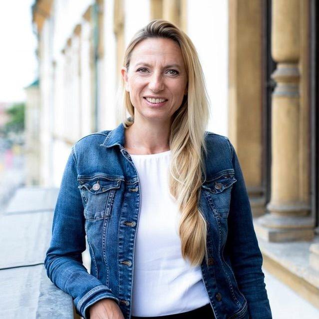 Freut sich über das neue Podcast-Format: ÖVP-Frauen Bundesleiterin Juliane Bogner-Strauß / Foto: Marija Kanizaj