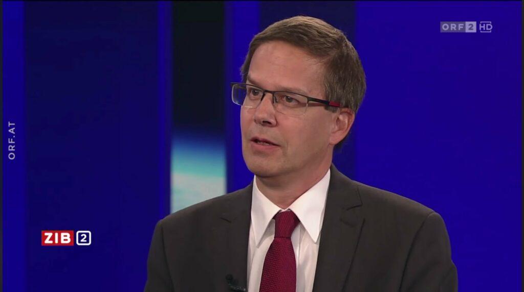 Im Interview in der ZiB2 konnte der Rechtsexperte Univ. Prof. Robert Kert zu den Vorwürfen aus juristischer Sicht klar Stellung beziehen. - Screenshot: ORF.at